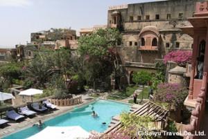 neemrana_fort_hotel_4