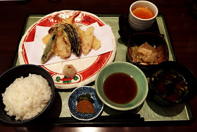dining_ph016
