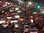 delhi-traffic-cars-reuters_650x400_81458564294