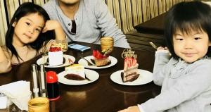 写真:カフェのケーキ